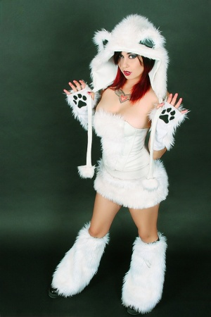 Cute redhead Scarlet Starr exposes her great body while wearing cosplay attire
