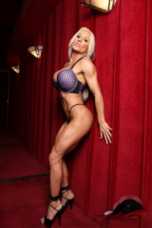 Blond bodybuilder Ashlee Chambers frees her ripped physique from bra  panties