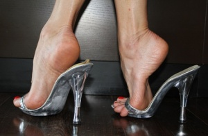 Four pairs of gorgeous porn goddess feet in heels with hot toe licking