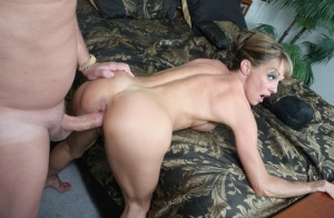 Hot mature woman Shayla Laveaux goes pussy to mouth during a hard fuck