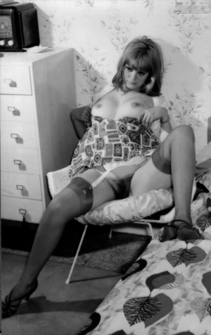 Hot retro models lifting their skirts and legs to flaunt their hairy muffs