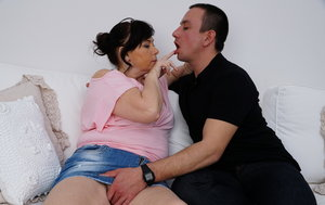 Thick housewife cheats on her husband while hes at work with a younger man