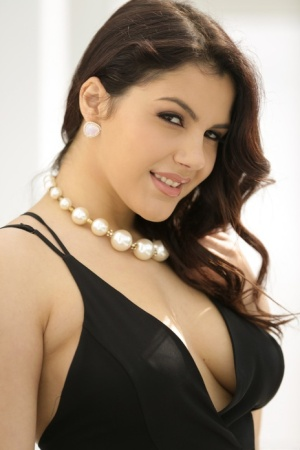 Brunette solo girl Valentina Nappi set her nice tits and ass free from dress 30396178