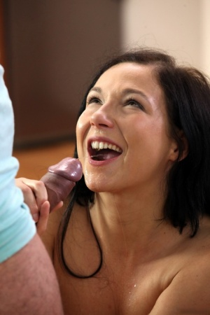 Horny girl Foxy Anne pees in a glasses before watersports with her man friend