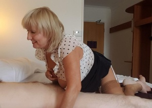 Sassy mature fatty Lorna Blu on knees for nude upskirt while sucking tiny cock