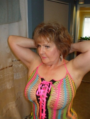 Mature wifey Busty Bliss posing in her exotic see through mesh top 86270421