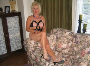 Blonde granny Ruth makes her nude modeling debut by posing around the house