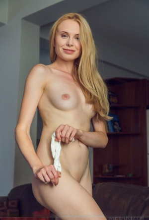 Tall blonde with legs that go on forever Maria Rubio undresses after work 80916349