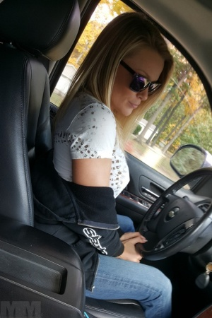Amateur girl Meet Madden goes topless while driving in sunglasses