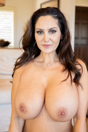 MILF Ava Addams uncups her large tits prior to pussy to mouth action