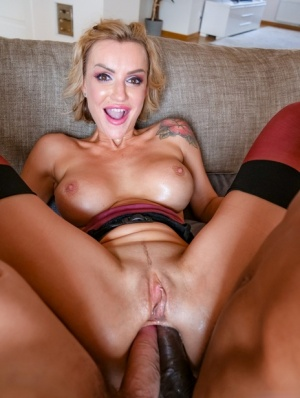 Blonde chick Elen Million dildos her asshole prior to double anal action