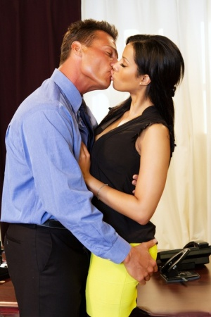 Hot Latina businesswoman Mary Jean gets banged by an employee on her desk