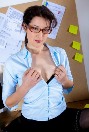 Hairy nerd strips for nude solo poses in her home office