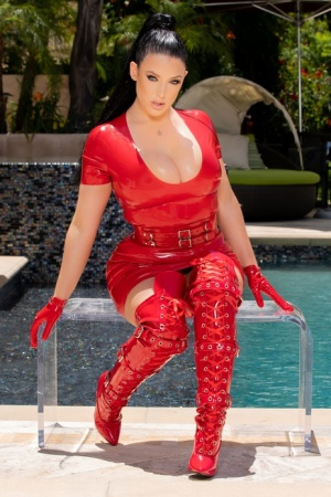 Hot MILF Angela White gets on her knees for a blowbang in red boots and gloves