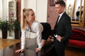 Blonde secretary Alecia Fox gets fucked by her boss after he spanks her ass 27027647