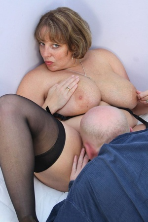 Fat amateur Curvy Claire sucks a cock before having her pussy played with