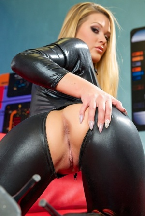 Hot blonde chick Abby Cross shows her stuff in a crotchless leather catsuit 89037628