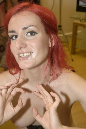 Redhead chick Elise wears cum on face after sucking dick on her knees 90822278
