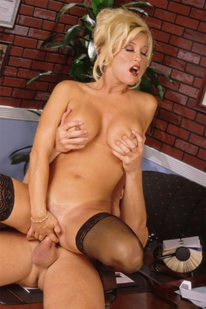 Classy blonde Jill Kelly seduces her man in hot stockings and silk clothing 88870196