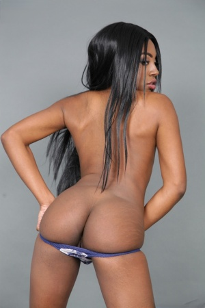 Lesbians sistas have and all girl threesome with a platinum blonde girl