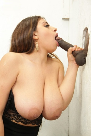Big titted chick gets jizz on her face during interracial gloryhole action 52717718