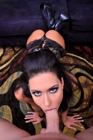 Hot MILF Jessica Jaymes concludes a POV blowjob with jizz on her face 57978848