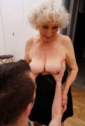 Old woman kisses a young man while seducing him for a badly needed fuck 28845921