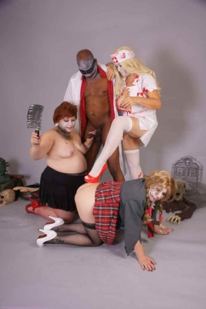 UK amateur Lexie Cummings and girlfriends blow a black man during cosplay play 48233249