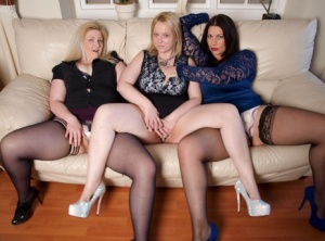Thick amateur Sindy Bust gets together with plump ladies for a lesbian some