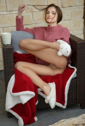 Cute teen Monique Fae doffs a sweater and slippers before showcasing her pussy