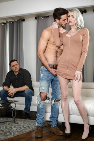 Busty blonde wife Katie Monroe fucks another man while her cuckold watches 33019309