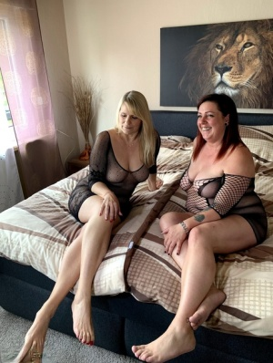 Amateur BBW Sweet Susi and her overweight lesbian lover touch their snatches 49002640