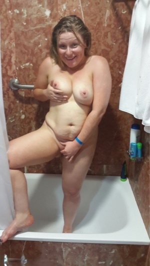 Amateur chick flashes her tits in public before taking a shower at home