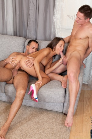 Slender brunette Foxy Di gets a deep anal fucking while sucking in 3some