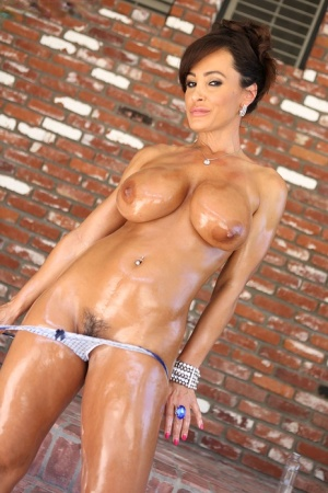 Big titted MILF Lisa Ann hooks up for rough sex with Ryan Madison