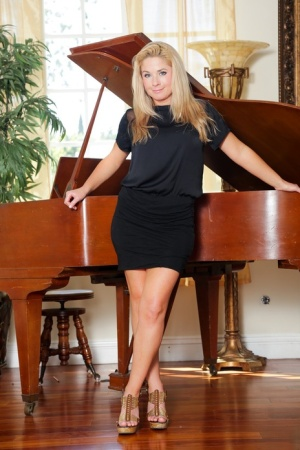 Blonde lady Patricia Price sucks off her stepson after a duet at the piano