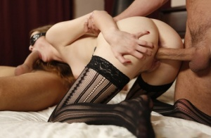 Hot Samantha Hayes gets blindfolded  bound for steamy hotel threesome