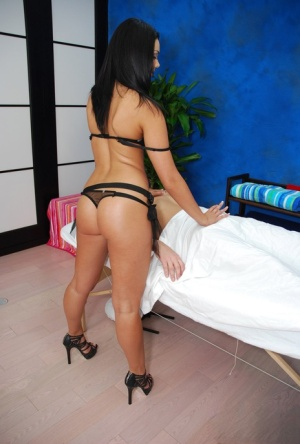 Phenomenal 18 year old masseuse gives a cute guy a nice head and rides him