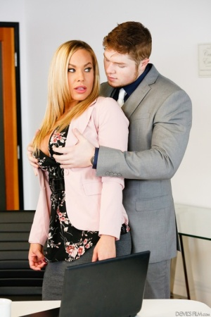 Reality cougar Olivia Austin giving titjob with her big boobs at the office
