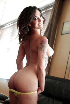 Admirale latina taking off her lingerie and exposing her tattooed curves 58565542