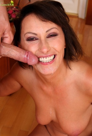 Lecherous cougar gets drilled tough for jizz on her smiley face