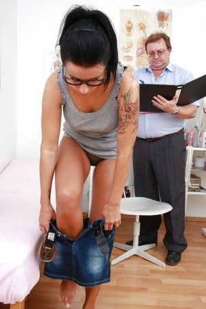 Fuckable brunette in glasses gets her pink pussy properly examed 90183147