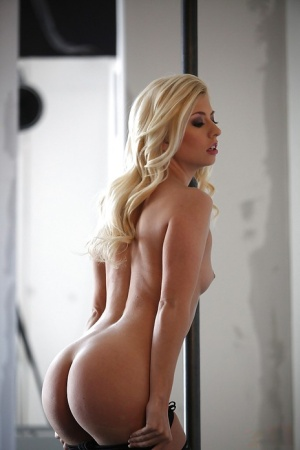 Teasing blonde babe Jessie Volt is so passionate and attractive