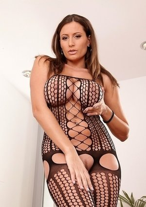 Fascinating milf with gorgeous big tits and trimmed pussy Sensual Jane