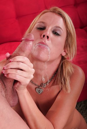 Aria Austin gets a tasty dagger and wants to feel it inside