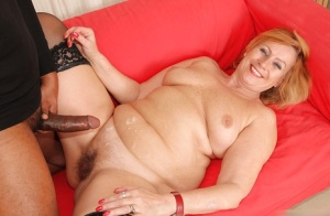 Lady prefers working with black cocks and swallow shaved balls