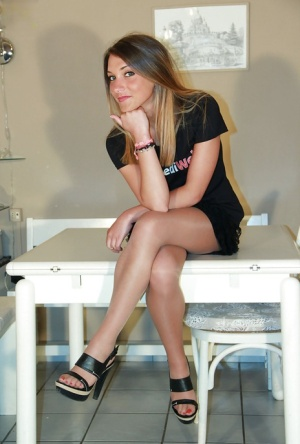 Amazing and sexy legs bitch Valentina is so beautiful in pantyhose