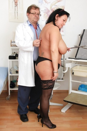 Close up check at the doctor features mature fatty Robi Slava 39926996