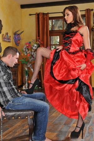 Ariana Marie dose footjob in her beautiful stockings to her man 67739418