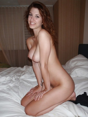 Adorable flirty GF Karina made sexy naked pics of her young fit body